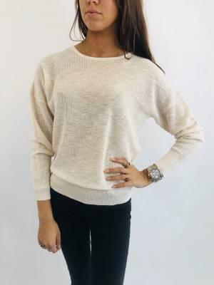 516bd16c46a Er is wel voor elk seizoen een kledingstuk te vinden. De kledinglijn is  speciaal gericht op dames die op zoek zijn naar wat extra's en zich graag  van de ...