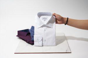 het klassieke overhemd hoort bij nette kleding